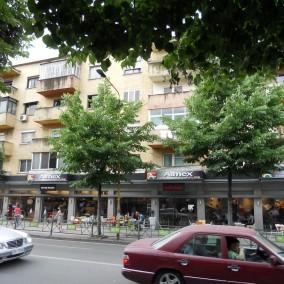 Apartament për shitje në rrugën e Durrësit